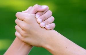 nastroeniya-ruki-ruka-chelovek